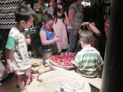 """Hoi An Day in HCMC"": Whe-re the youths find their roots - Ảnh minh hoạ 3"